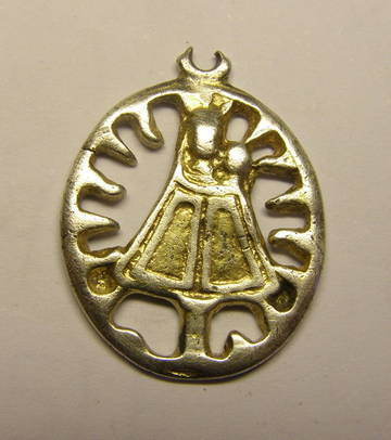 Medalla de ventana de la Virgen del Pilar, plata sobredorada. ZvFtV