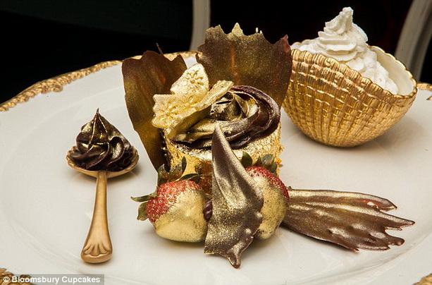 Книга рекордов Гиннеса 2011, 2012, 2013 - Страница 4 Expensive-cupcake