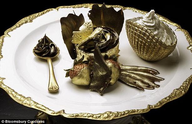 Книга рекордов Гиннеса 2011, 2012, 2013 - Страница 4 Expensive-cupcake2