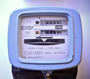 ميدان الظواهر الكهربائية    Compteur-edf-154531-300x265