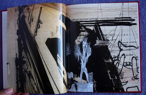 Qual a capa mais legal do radiohead? - Página 3 Amnesiac_book_pages_1