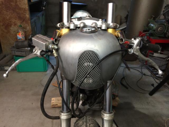 XV 750/1000 héritage racer  - Page 5 A2vk55