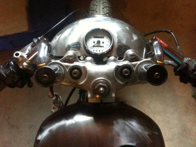XV 750/1000 héritage racer  - Page 3 A8al64