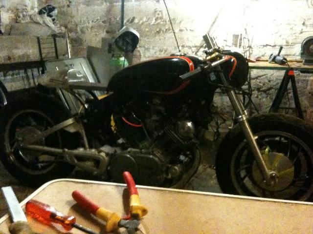 XV 750/1000 héritage racer  Hpk3ct