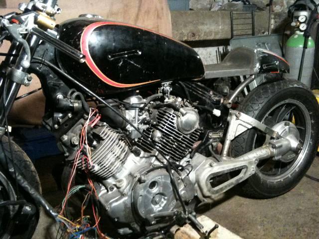 XV 750/1000 héritage racer  Lmqwm7