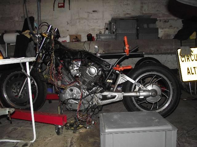 XV 750/1000 héritage racer  Z8a1ug
