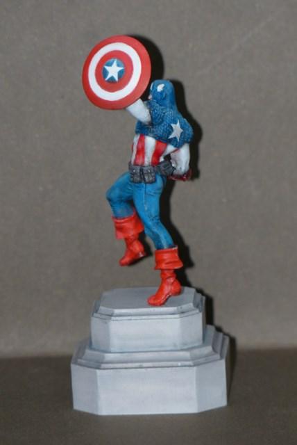 Captain America Knight models 72 mm Cupeq7
