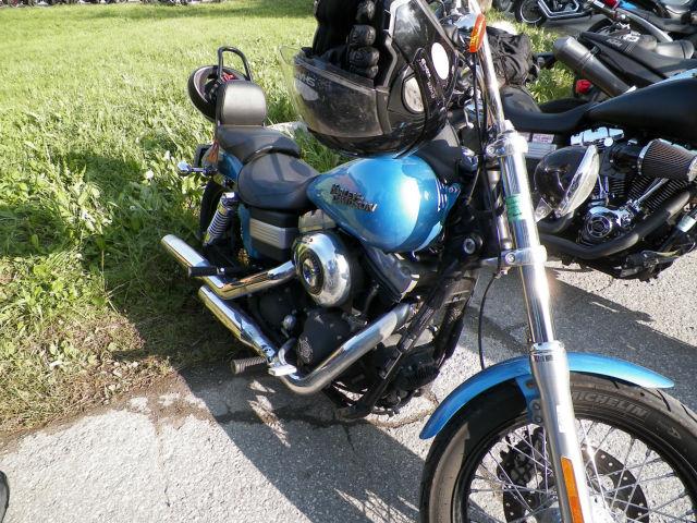 Rassemblement moto : les gueules de chien Udn96k