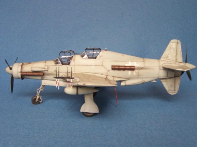 Dornier 335 A PFEIL de Tamiya au 1/48 par Pascal 94 - Page 2 Syll0g