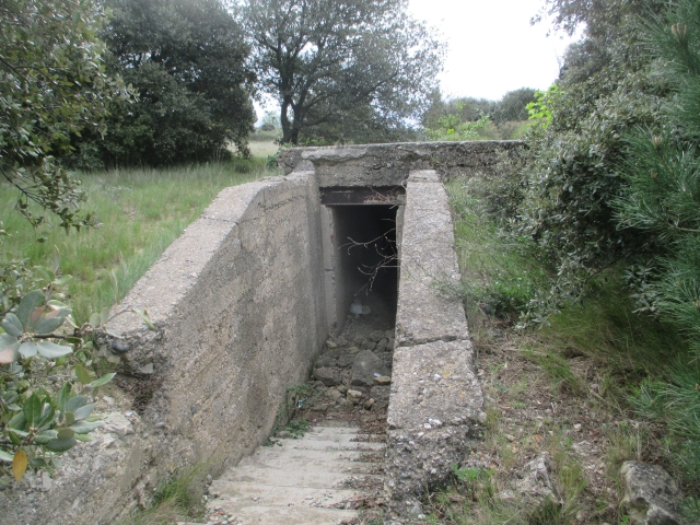 Bunkers sur la colline du Roucan-Marcorignan (11) Oynw5h
