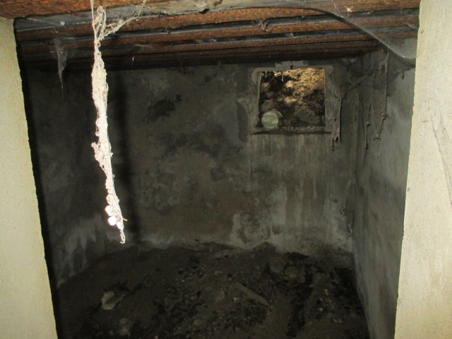 Bunkers sur la colline du Roucan-Marcorignan (11) Sk0q08