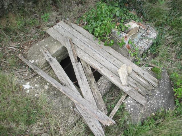Bunkers sur la colline du Roucan-Marcorignan (11) Ud9635