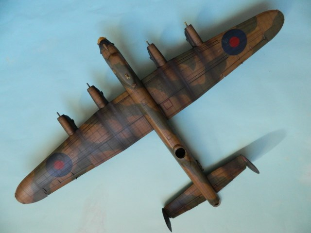 AVRO LANCASTER  Mk.III. Tamiya 1/48° - Page 12 1kb9um