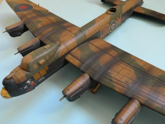 AVRO LANCASTER  Mk.III. Tamiya 1/48° - Page 12 9zkr82