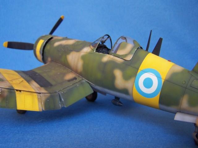 Corsair F4u-7 et Fg-1d. B4g4tq