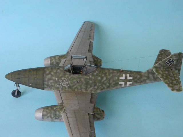 Me 262 A 1a. 1/32 Trumpeter . - Page 2 E4us8w
