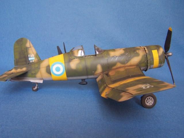 Corsair F4u-7 et Fg-1d. Iyee7k
