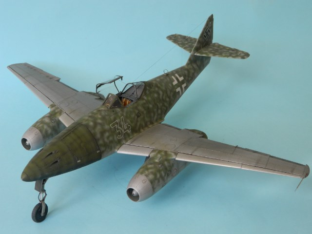Me 262 A 1a. 1/32 Trumpeter . - Page 2 J4tm46