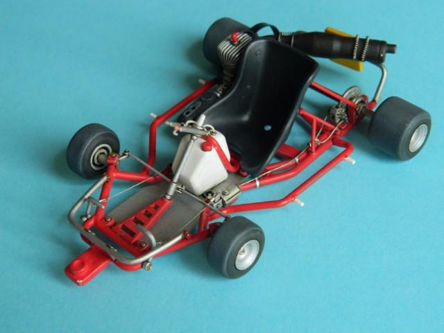Kart  A. SENNA Bercy 93. Fujimi 1/20ème. fini. R4x022