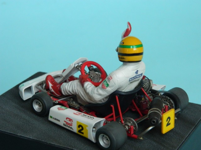 Kart  A. SENNA Bercy 93. Fujimi 1/20ème. fini. Beqgi5