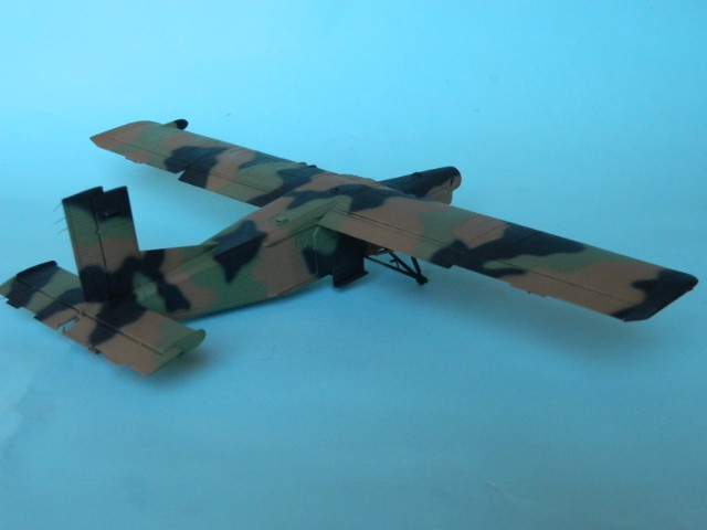 Pilatus PC-6/B2-H4. Roden 1/48. Fini. - Page 2 Wg2l4h