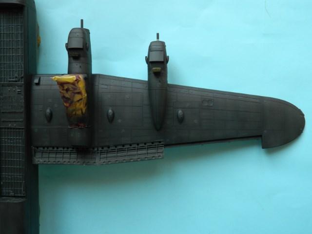 AVRO LANCASTER  Mk.III. Tamiya 1/48° - Page 10 Y807cg
