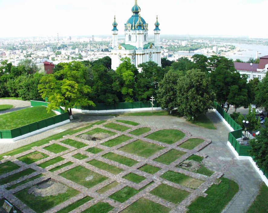 Экскурсии по Киеву. Старокиевская гора Desyatinnaya