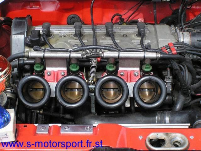 Admission dynamique 1L6 16S & 2L0 S16 - Page 5 Micha-moteur2