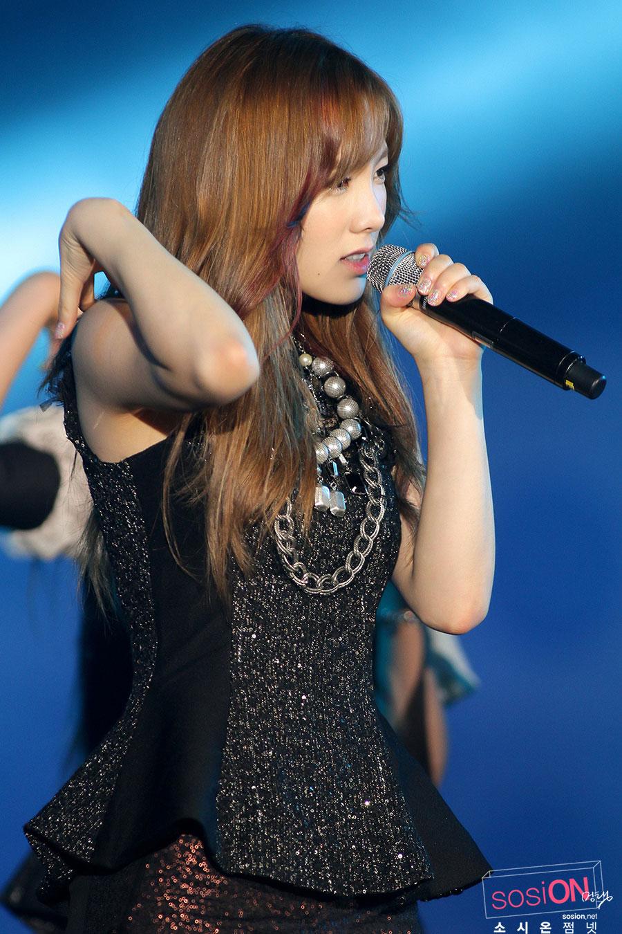 [PICS][20/7/2012] Taeyeon @ Yeosu Expo Concert 201 Taeyeon-yeosu-concert-8