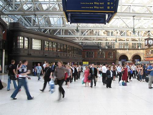 Caer para conocer [Libre]  Estacion-de-tren
