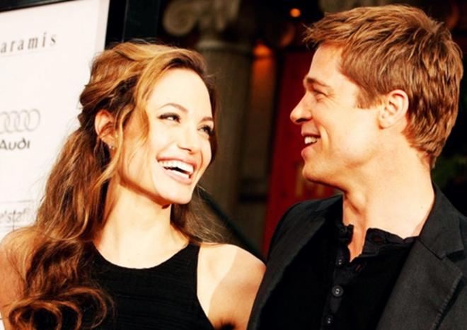 "Brad Pitt và Angelina Jolie ly hôn - cái kết của kẻ ""cướp"" chồng? Angelina-jolie-boy-brad-pitt-brangelina-celebrity-couple-favim-com-100067-1474394424201"