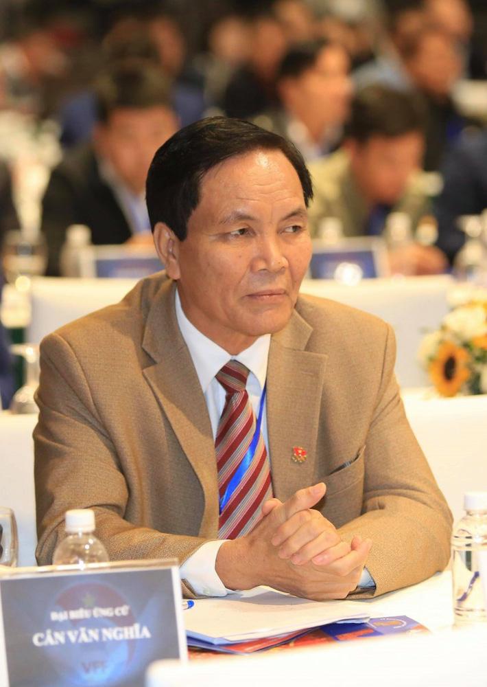 Văn hoá từ chức ở VFF nhìn từ bầu Đức đến ông Cấn Văn Nghĩa Photo-1-15615183722721787772867