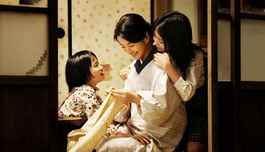 Những phẩm chất rất khó học theo của người Nhật Kabei_our_mother-8