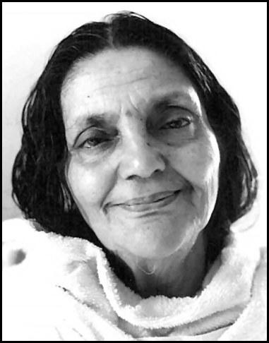 Mâ Ananda Moyî  .......La Mère Divine incarné....... Anandamayi-31