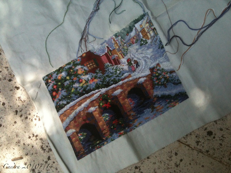 Pour le 1er janvier 2014... - Page 3 Holiday-village-200714