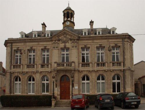 27 août 1915, Drame dans les caves de Cormicy Mairie_Cormicy_500x400
