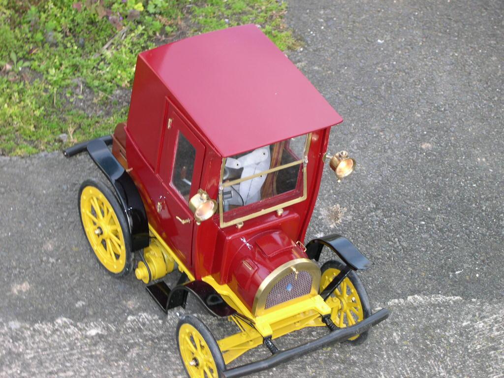 voiture RC Renault de 1900 DSCN3342