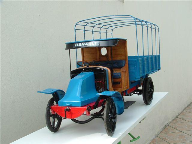 Camion Saviem!!!! DSCF0204