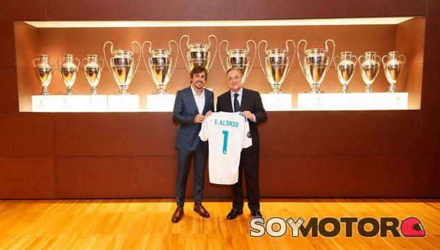 ¿Cuánto mide Florentino Pérez? - Altura - Real height Alonso-socio-honor-madrid-3-f1-soymotor