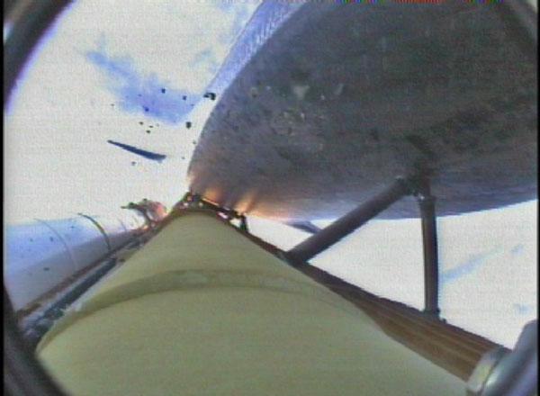 [STS-127: Endeavour] Lancement : tentative 6 (15/07 à 22h03 GMT) - Page 32 Debrisbig
