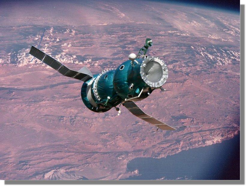 Vos maquettes en situation !!! Soyuz5-2
