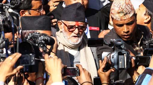Nepal: La larga marcha (parlamentaria) de los maoístas. 133104541_title0h