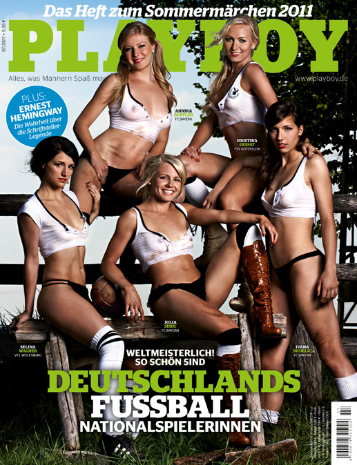 COUPE DU MONDE FEMININE 2011 German-womens-player-playboy1