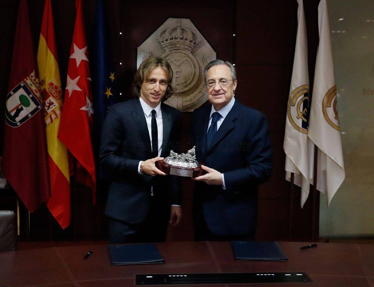 ¿Cuánto mide Luka Modric? - Altura - Real height CvIUfZNWEAAtwNB