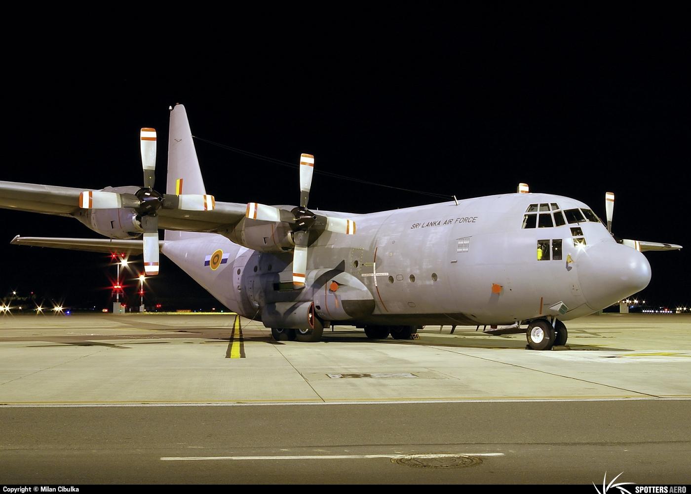 armée Sri-lankaise / Sri Lanka Armed Forces - Page 2 0000070173_large