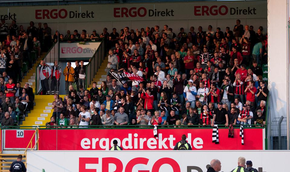 Eintracht Frankfurt Fue-ffmx-003