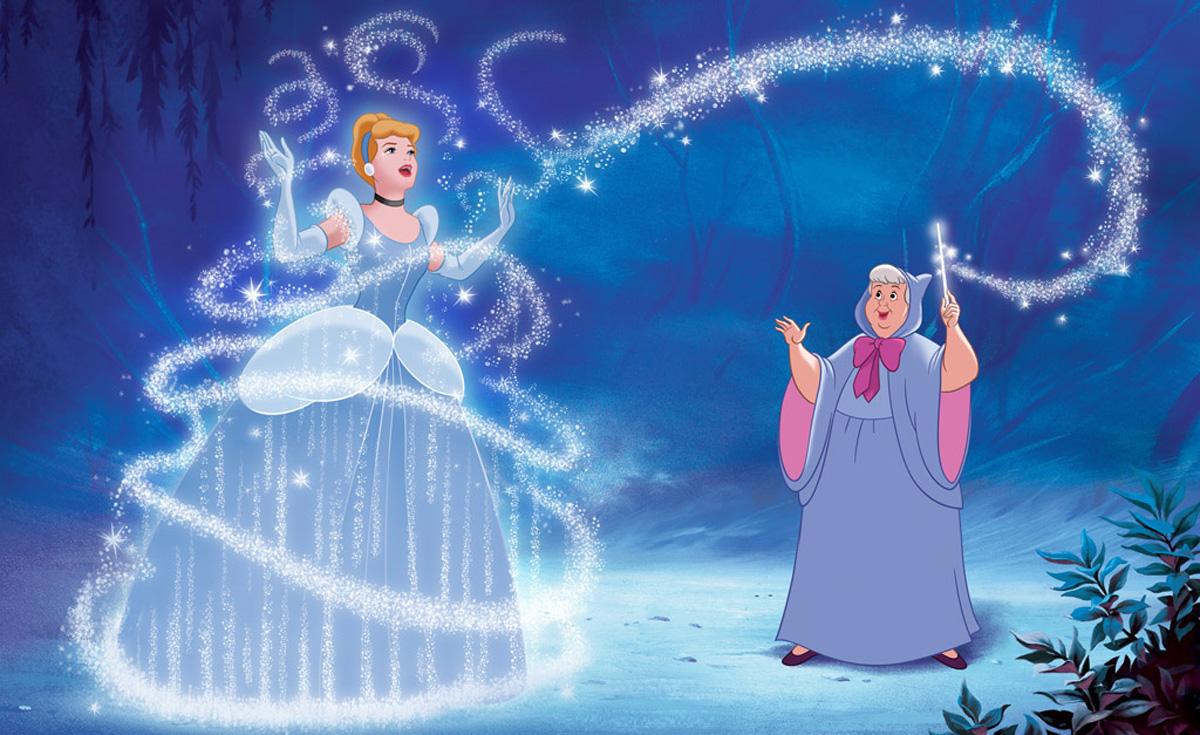 Princezi 1-zoshto-dizni-princezite-sekogash-nosat-fustani-vo-sina-boja