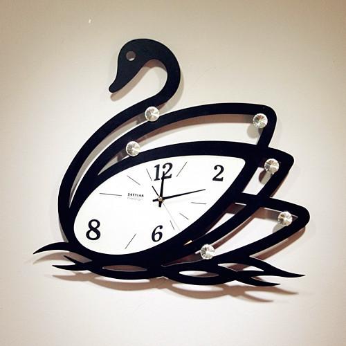 நேரம் பழையதாகிவிட்டது  - Page 2 Contemporary-clocks