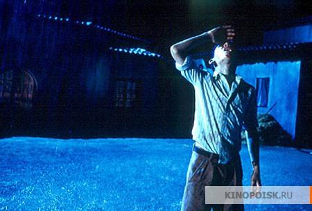 Обсуждаем фильмы.. только что просмотренные или вдруг вспомнившиеся.. - 7 - Страница 8 Kinopoisk.ru-El-espinazo-del-diablo-575111