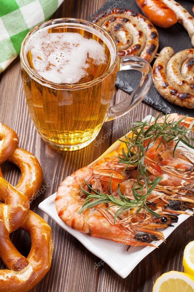 Géolocalisation des Lupiens - Page 4 Depositphotos_75526623-Beer-mug-and-grilled-shrimps